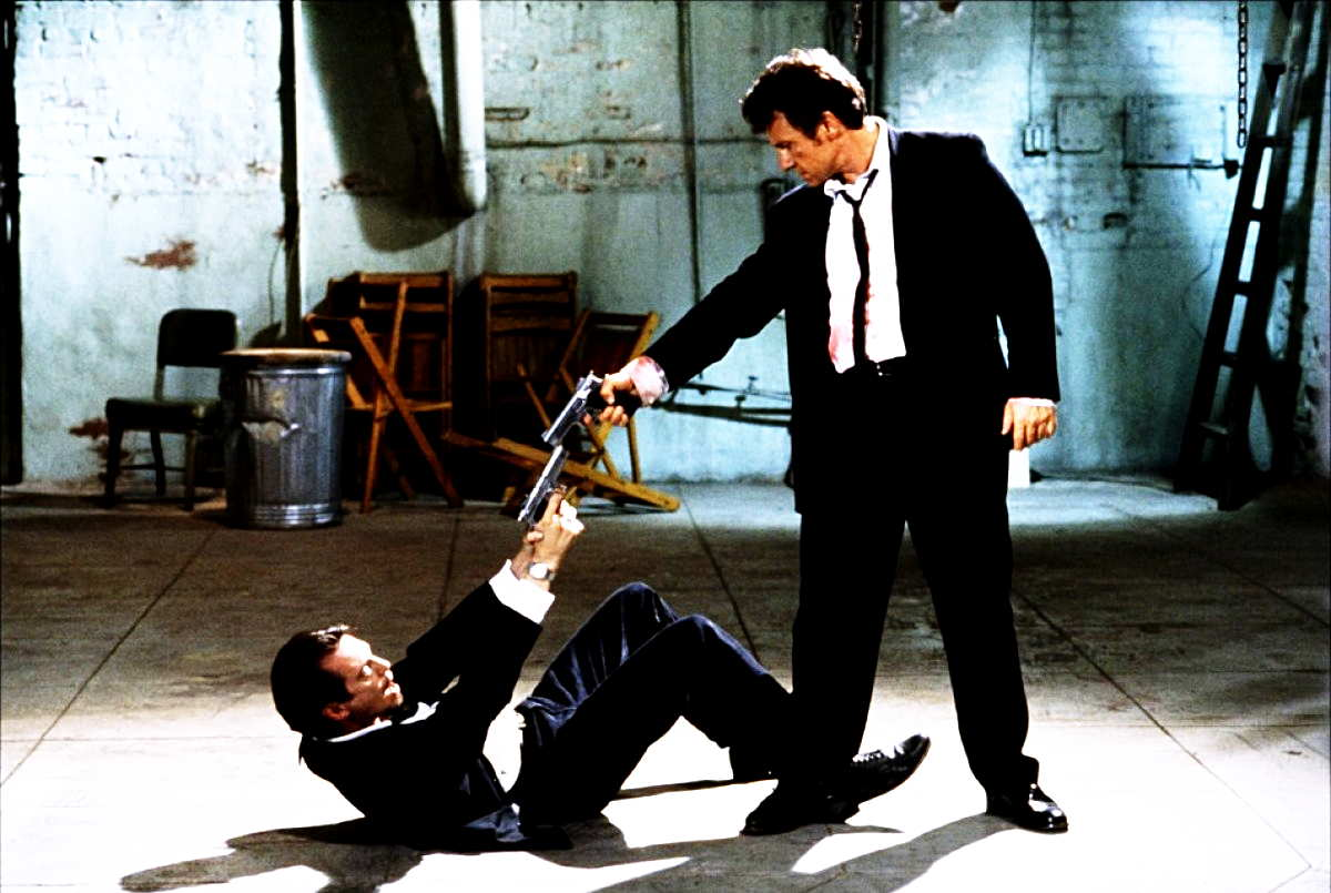 reservoir-dogs-mexican-standoff